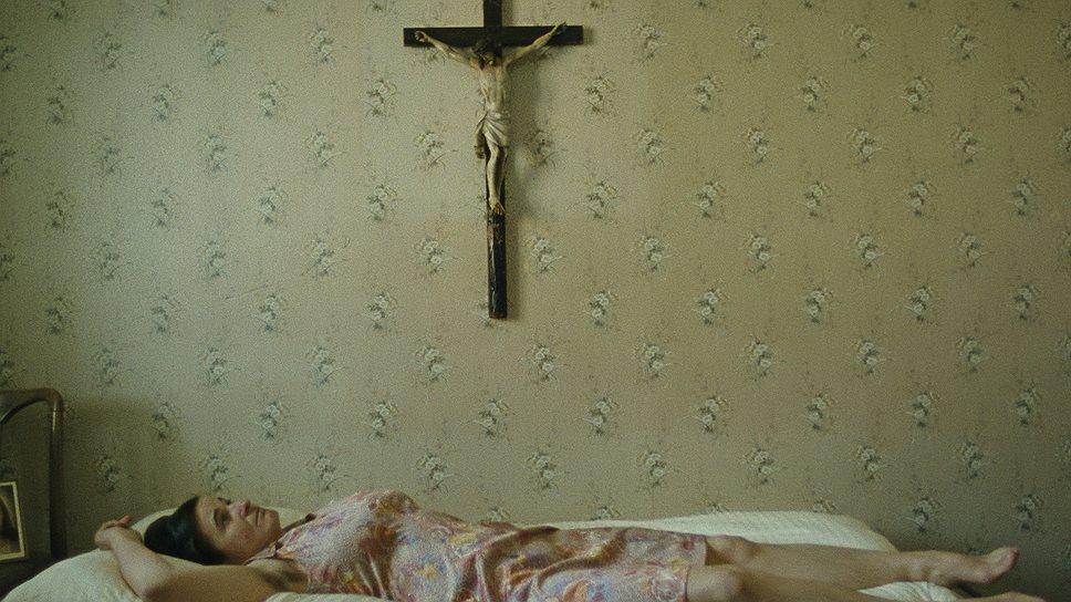"""Трилогия """"Рай: Любовь. Вера. Надежда"""" посвящена отчаявшимся женщинам: каждая из трех по-своему ищет собственный рай — в религии (на фото), секс-туризме и лагере для детей, страдающих ожирением"""
