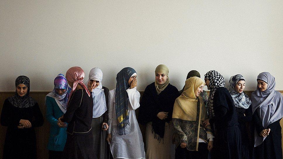 Студентки исламского университета в Грозном