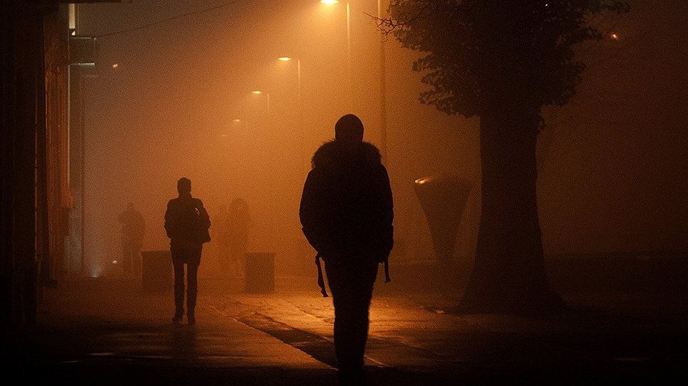 Ночью на улице неуютно. Но иногда одной лучше, чем вдвоем