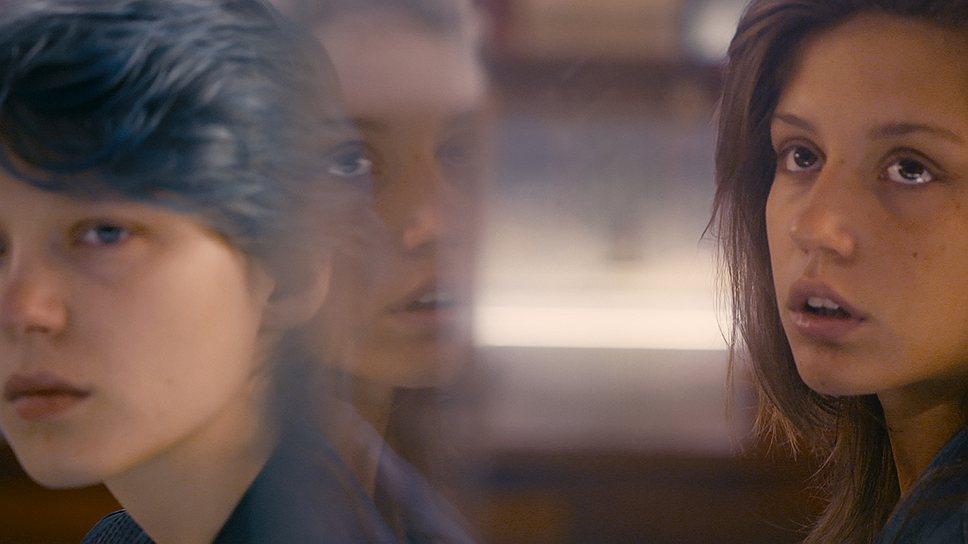 """""""Адель полюбила Эмму. Потом любовь угасла"""" — """"Жизнь Адели"""" поддается пересказу, но разве в этом суть?"""