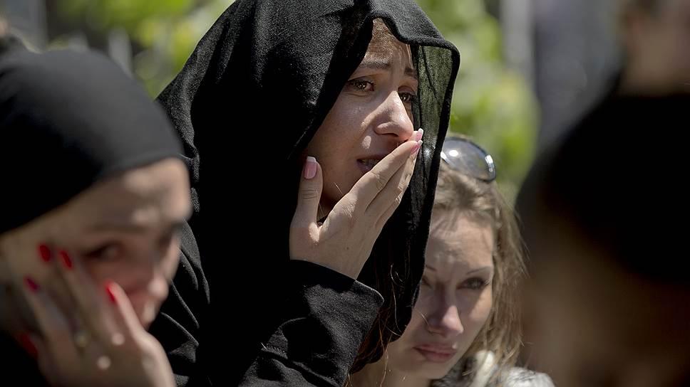 Опасаясь провокаций, родственники погибших решили не устраивать массовые похороны