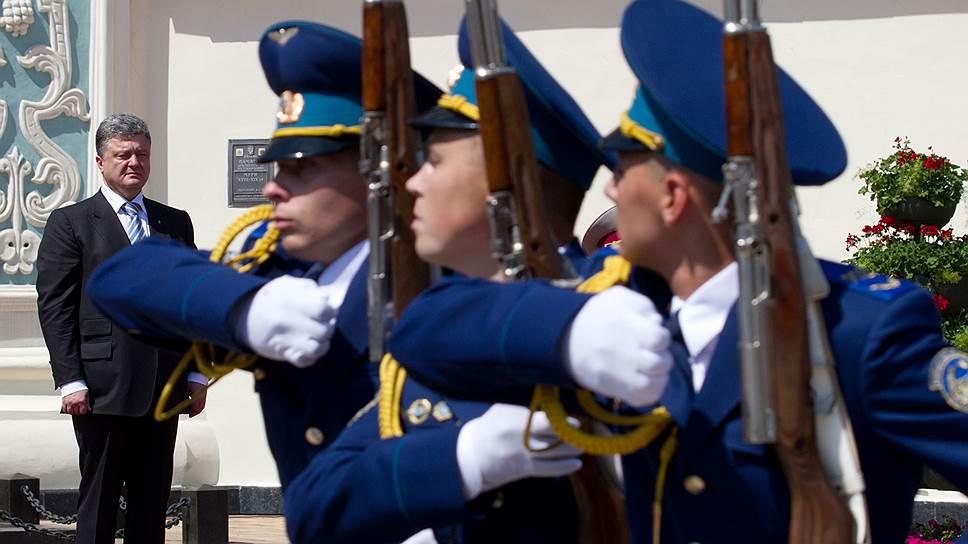 После инаугурации у Петра Порошенко много дел. Среди первоочередных — кадровые. Команда ведь пока еще не сформирована