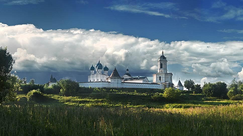 Высоцкий мужской монастырь — одна из главных святынь Серпухова