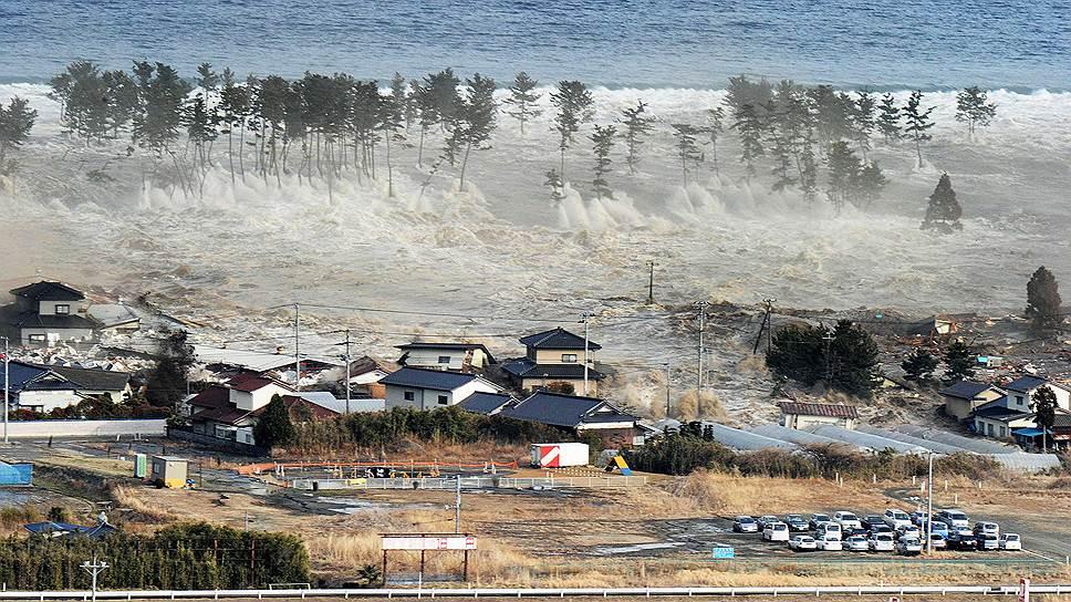 Так выглядит цунами. 11 марта 2011 года, побережье японской префектуры Мияги