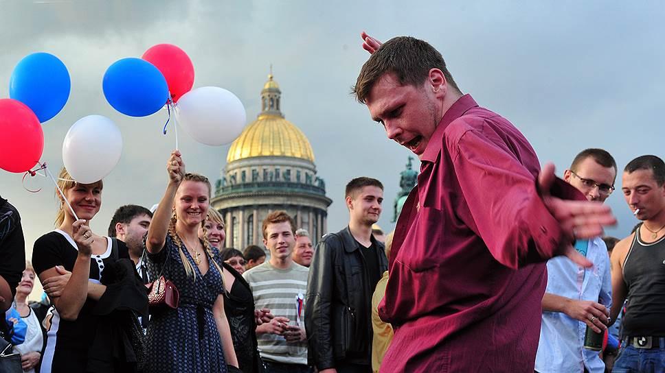 Разудалый оптимизм россиян, как правило, научно необъясним и национально окрашен
