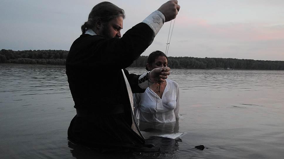 В Сузунском районе крещение решили проводить прямо в Оби