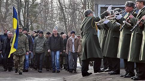 Куда идут призывники?  / Павел Шеремет выяснял, насколько Украина готова стать под ружье