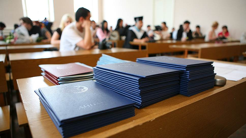 Не всегда диплом, выданный в вузе, оказывается настоящим