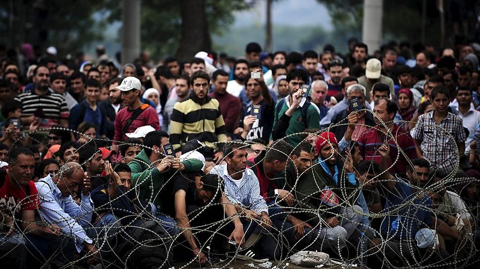 На пути из Греции в благополучные страны Европы сложнее всего преодолеть границу не входящей в шенгенскую зону Македонии