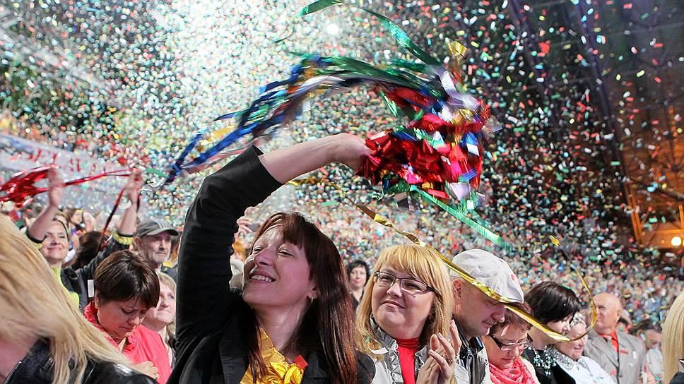 """Еще недавно фестиваль """"Славянский базар"""" в Витебске был местом искреннего единения близких народов. Сейчас в диалоге подозрительности больше, чем единства"""