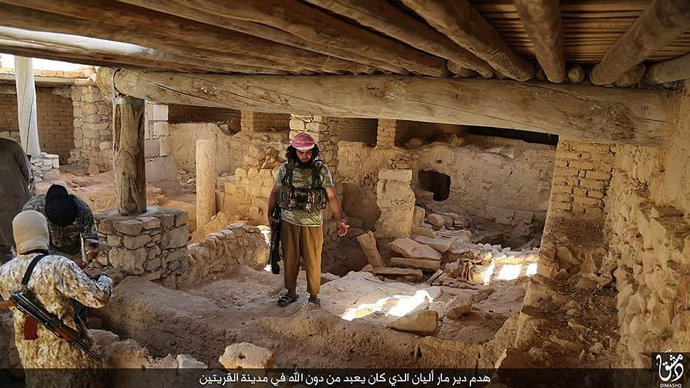 ИГ готовит к уничтожению монастырь Мар-Элиан. Приговор приведен в исполнение в августе 2015-го