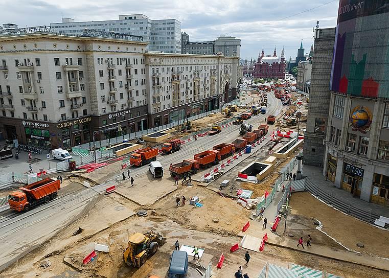 Путь для самосвалов пока свободен. Что будет с автомобилями на зауженной Тверской после реконструкции, пока непонятно