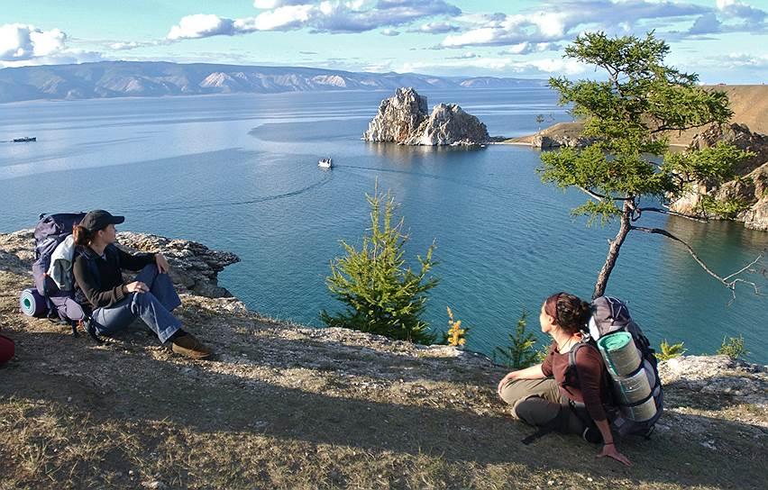 Это туристы едут на Байкал за красивыми видами. А ученые дорожат тем, что здесь до сих пор можно встретить животных из Красной книги