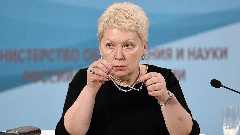 Ольга Васильева присматривается к проблемам образования