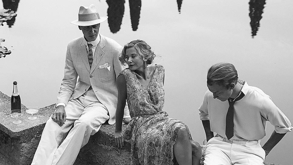 """""""Рай"""" — это о том, как русская аристократка отказывается от беспечной жизни ради спасения других (на фото— кадры из фильма, в главной роли Юлия Высоцкая)"""