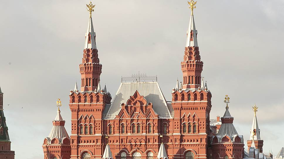Традиционализм Красной площади разбавят Шагалом и Кандинским