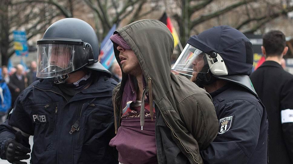 Почему в Европе набирают популярность правые силы