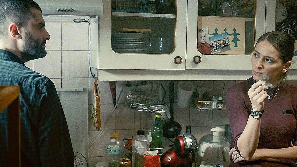 Недавний фильм Пую— о поминках в румынской семье, задавленной будничными заботами (кадры из фильма «Сьераневада», 2016)
