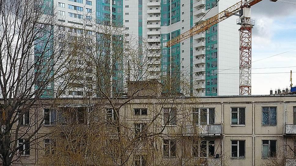 Академик Юрий Бочаров — о том, почему пятиэтажки сносить нельзя