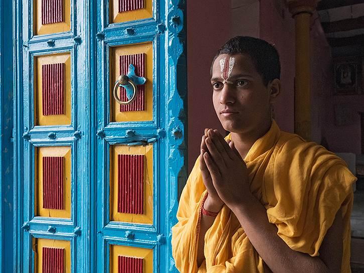 Варанаси — ядро Индии — не просто священный, а исключительный город. Индийцы верят, что 5 тысяч лет назад его основал Шива