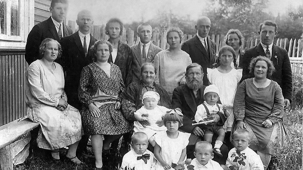 малоизвестном архив семьи курдюковых фото видом деятельности компании