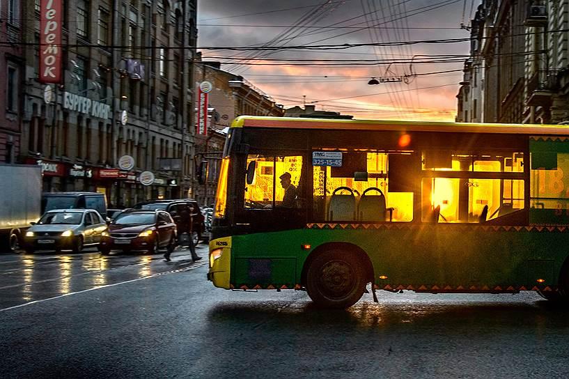 Вопреки разным версиям, самая массовая профессия в России— это водитель, их у нас свыше 5млн человек