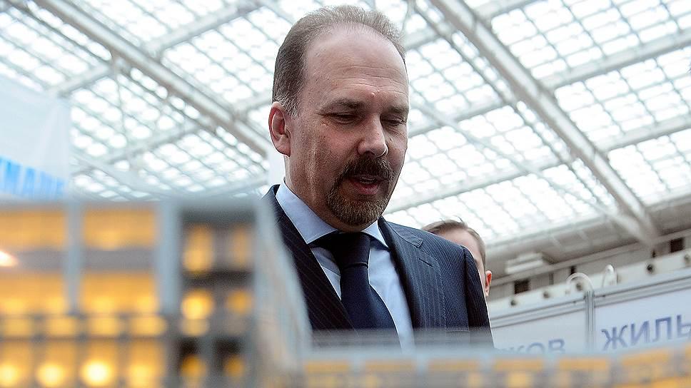 Михаил Мень надеется, что новая система оплаты ЖКХ изменит ситуацию со злоупотреблениями управляющих компаний