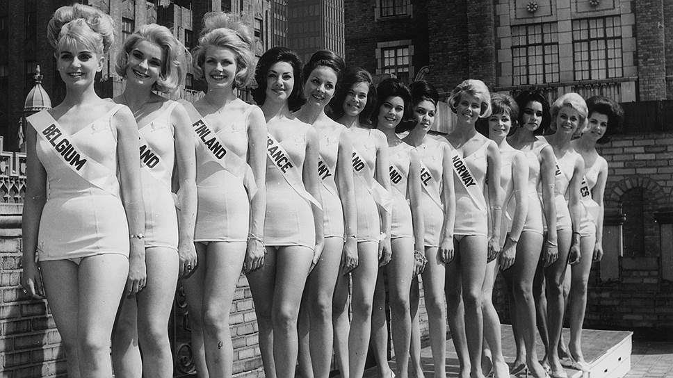 """С 1960-х, когда был сделан этот снимок претенденток на звание """"Мисс Вселенная"""", стандарты красоты поменялись уже не раз"""