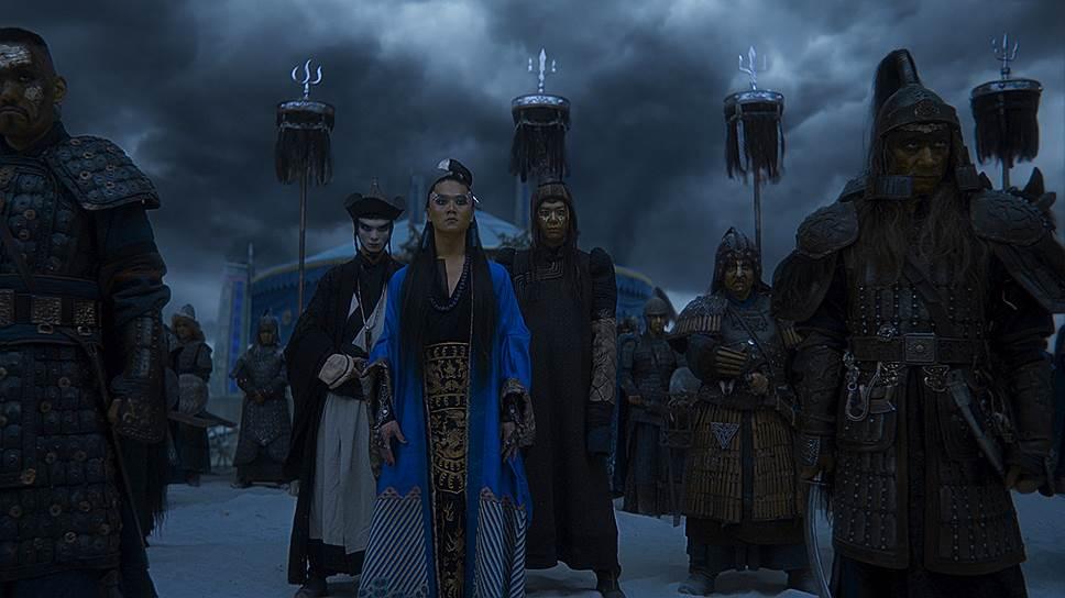 Евпатий Коловрат (Илья Малаков) и хан Батый (Александр Цой) в течение всего фильма ведут заочный мировоззренческий поединок