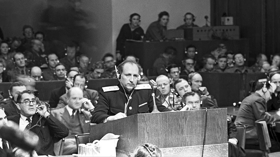 Главный обвинитель от СССР Р.А.Руденко выступает в Нюрнберге