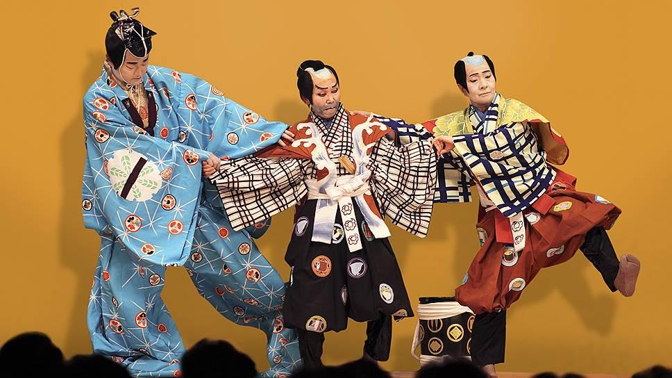 Театр кабуки вот уже 400 лет верен традиция
