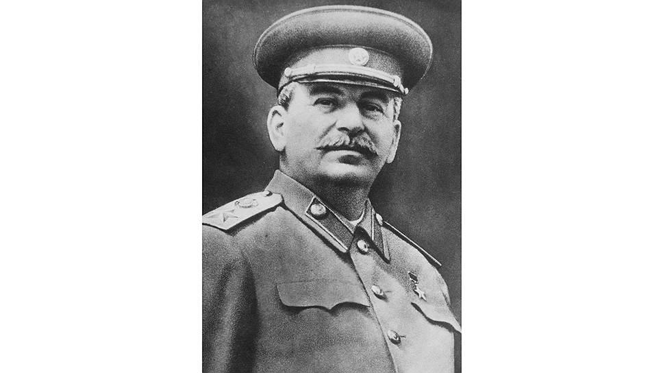 """Война закончилась, а с ней и вынужденный союз с империалистами. Палестина представлялась Иосифу Сталину удобным местом, чтобы устроить """"веселую жизнь"""" старушке Британии"""