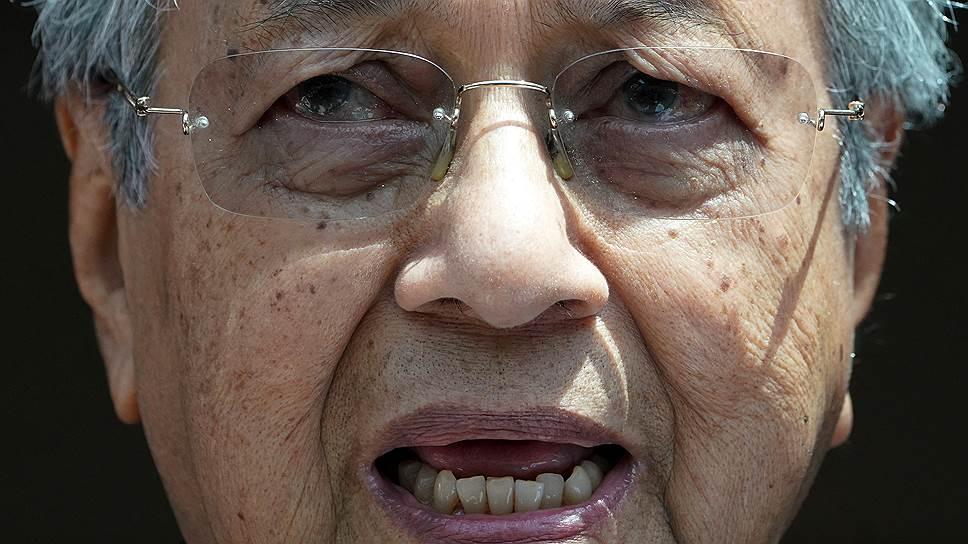Премьер-министру Малайзии Махатхиру Мохамаду в декабре исполнится 93 года