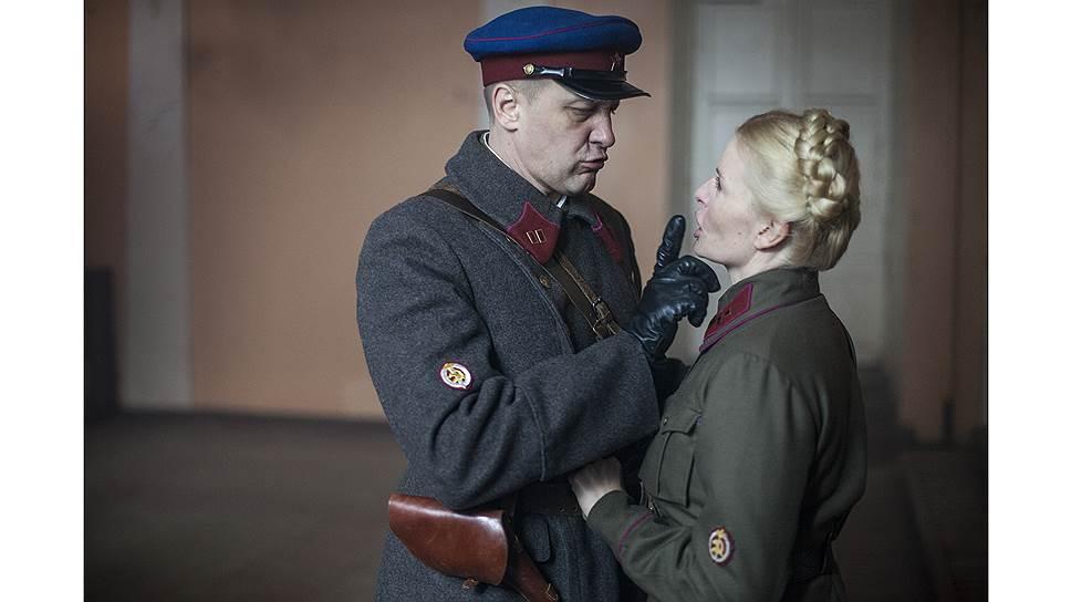 Отношения внутри спецслужб заслонили войну (кадр из фильма «Прощаться не будем»)