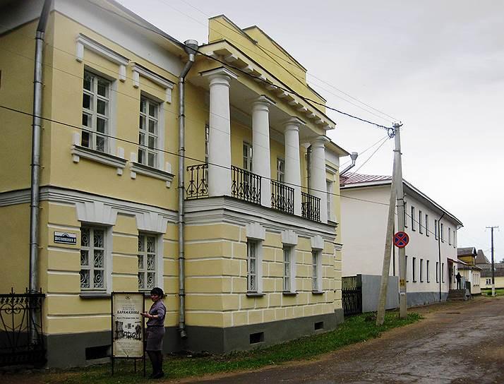 В Старой Руссе мир романа «Братья Карамазовы» разместили в шести залах нового музея