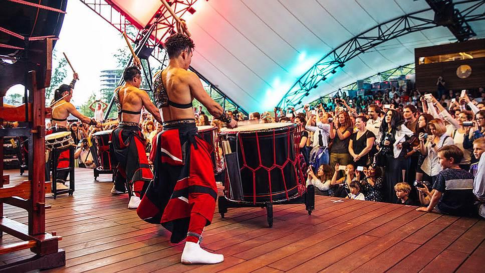 Выступление японских барабанщиков («Нобуси»)— один из хитов J-FEST