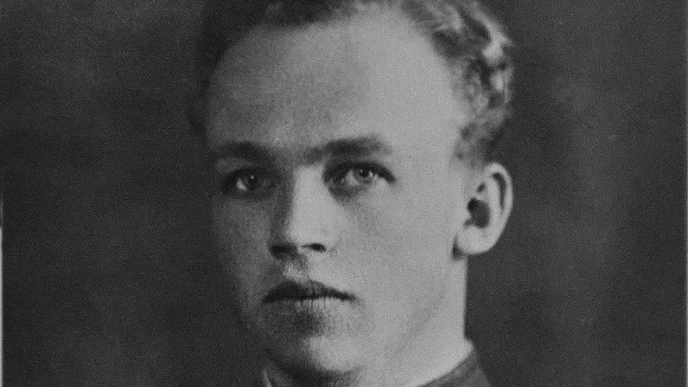 Николай Кульпов мечтал о профессии инженера, но стал военным летчиком и влюбился в небо навсегда