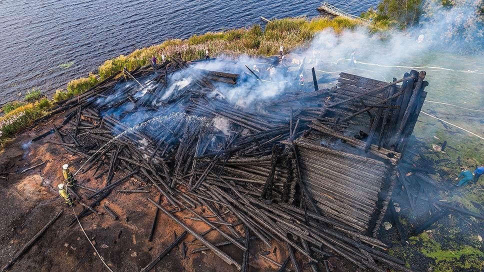 Это мистика: Успенский собор сгорел за четыре дня до Успенского поста, который предваряет праздник Успения Богородицы
