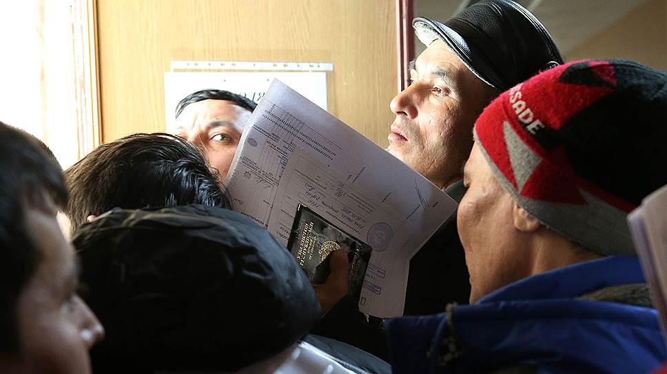 Почему соотечественники из дальнего зарубежья не спешат вернуться в Россию