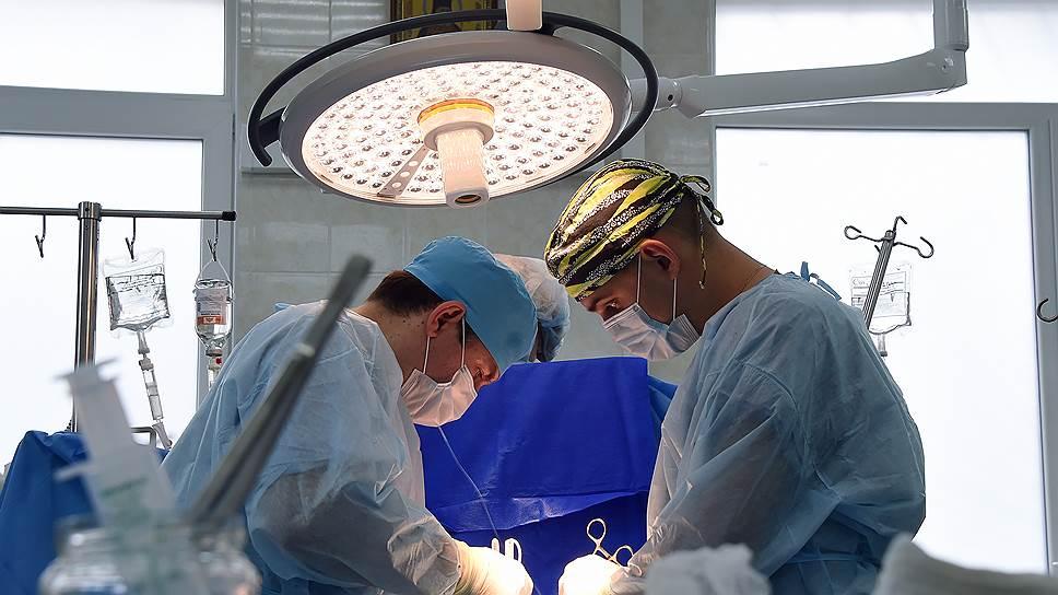 Юридический хаос в том, что касается деятельности медиков, связывает их по рукам