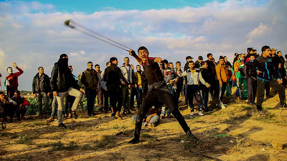 С пращой против снайперов. Семь месяцев бузы в Газе стоили кресла министру обороны Израиля