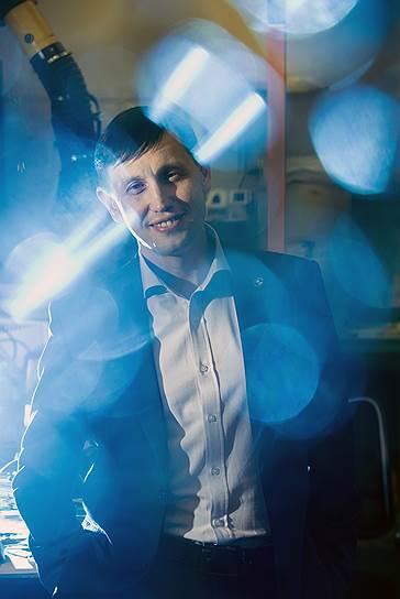 Большую часть своей научной деятельности Насибулин провел в институтах Финляндии, успешно совмещая фундаментальные исследования с разработкой наукоемких технологий