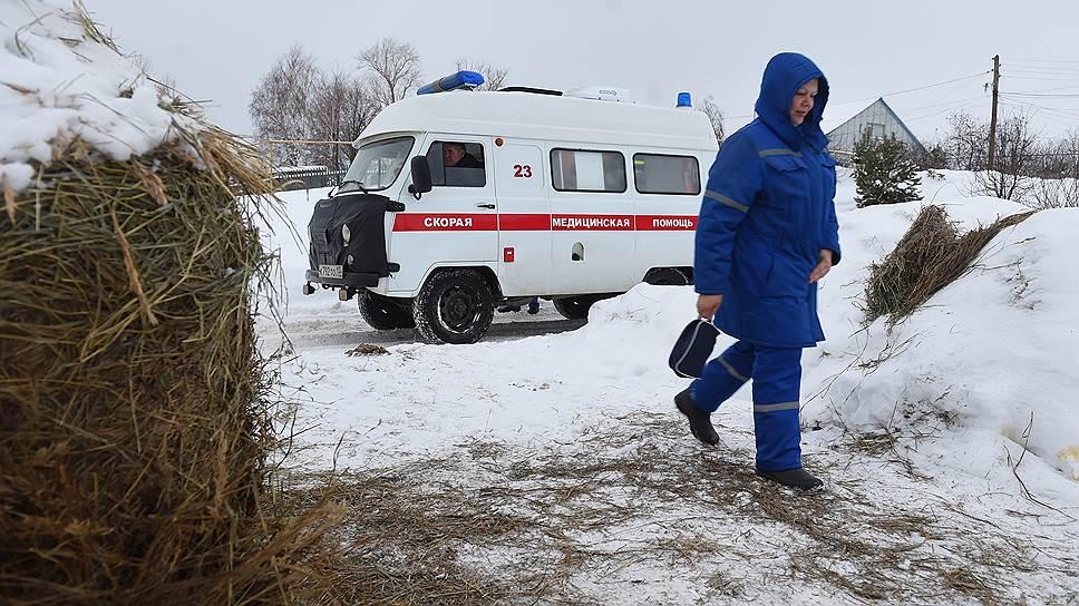 В 2014 году все три экипажи Лямбирской районной скорой помощи передали городской станции. Но народ завозмущался, и одну машину вернули в Лямбирь