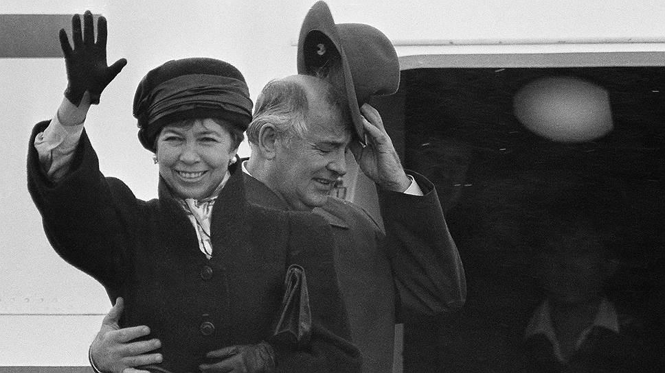 Весь мир видел, как важны они друг для друга. Горбачев оказался однолюбом: потеряв Раису Максимовну, он так и не оправился от этого удара судьбы