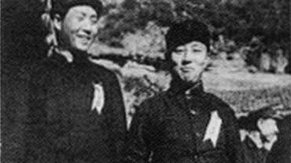 Мао Цзэдун и Ван Мин. В коминтерновских схемах их легко тасовали