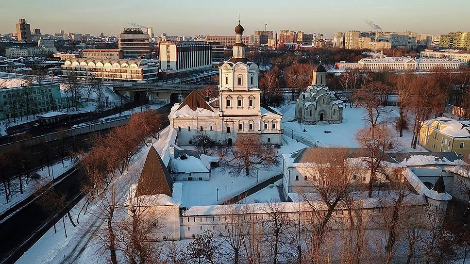 Древние стены Спасо- Андроникова монастыря — хранители духа или музейный экспонат?