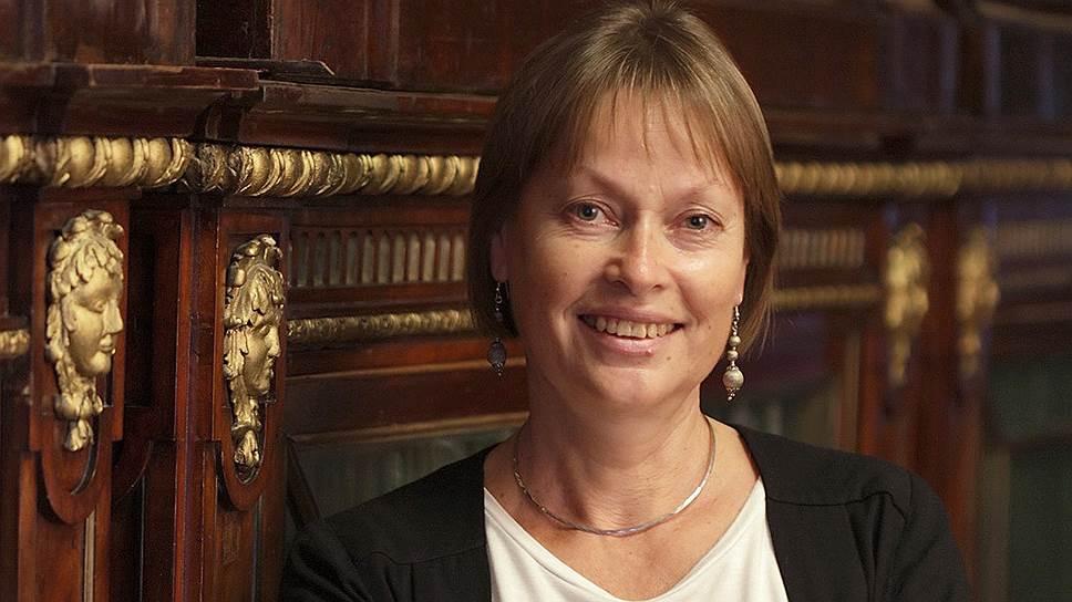 Елена Соломаха, заместитель заведующего Отделом рукописей и документального фонда Государственного Эрмитажа