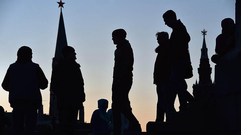 Ценности россиян не определяют их поведение, а что определяет — непонятно