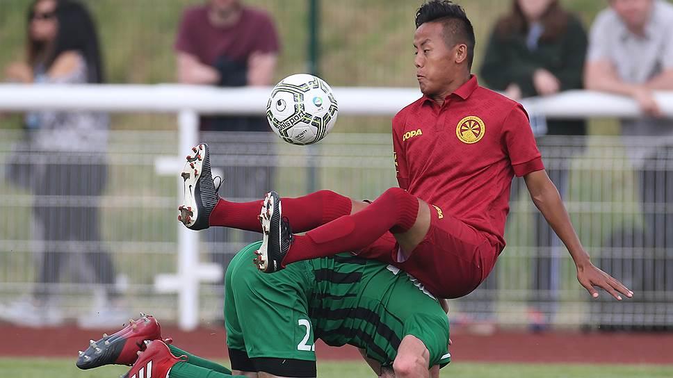 Сборная Тибета рубится со сборной Абхазии на ЧМ непризнанных в 2018-м в Лондоне