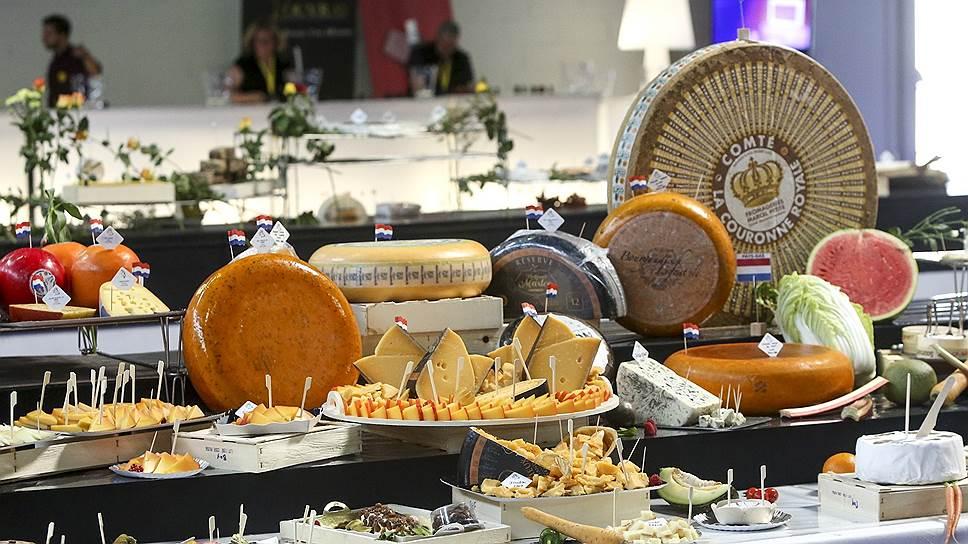 Во французском сырном изобилии российский продукт не затерялся